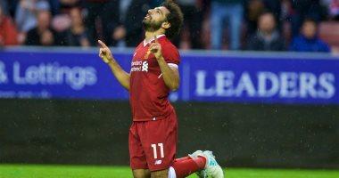 محمد صلاح أساسيا مع ليفربول أمام إشبيلية وكوتينيو على الدكة