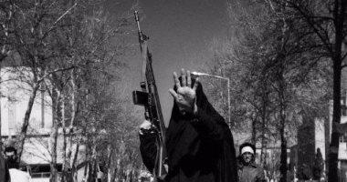 بالصور.. فى فرنسا.. 66 فنانا إيرانيا يرصدون طهران قبل الخمينى وبعده