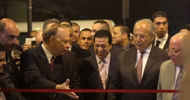 وصول وزير الثقافة ومحافظ القاهرة لافتتاح شارع الألفى بعد تطويره