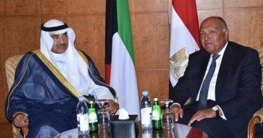 سامح شكرى يؤكد لنظيره الكويتى تمسك مصر بقائمة المطالب المقدمة لقطر