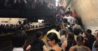 بالفيديو والصور..توقف المترو فى نيويورك 3 ساعات..والركاب: صيف من الجحيم