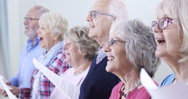 على صوتك بالغنا دراسة الغناء يحسن القدرة على البلع لمرضى الشلل الرعاش