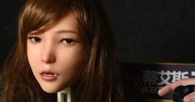 شركة صينية تبتكر دمية جنسية تتحدث وتبتسم وتغنى