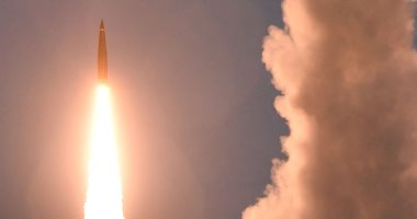"""كوريا الشمالية تؤكد إطلاق صاروخ من طراز """"هواسونج- 12"""" حلّق فوق اليابان"""