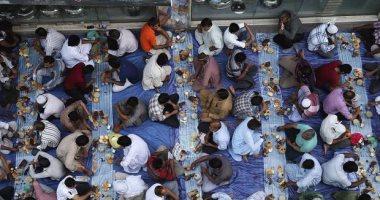 """الإندبندنت: 16 عاملا مسلما يقاضون شركة أمريكية بتهمة """"التمييز الدينى"""""""