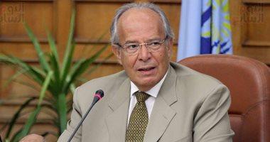 وزير التنمية المحلية يناقش برنامج مكافحة الفساد بالمحليات