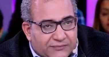 """بيومى فؤاد ومحمد ثروت وهشام إسماعيل ينتقدون حياة الأصدقاء فى """"أصاحبى"""""""