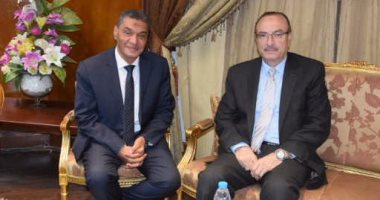 محافظ بنى سويف يبحث مع مدير الأمن تحقيق السيولة المرورية بالشوارع