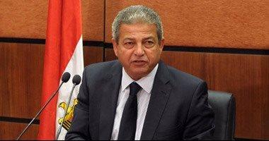 وصول وزير الرياضة قادما من أبوظبى بعد حضوره نهائى كأس العالم للأندية