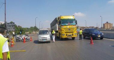 ضبط 25 سائقا يتعاطون المواد المخدرة أثناء القيادة بالطرق السريعة