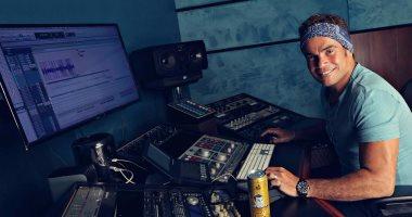 """شاهد.. عمرو دياب فى كواليس تسجيل ألبوم """"معدى الناس"""""""