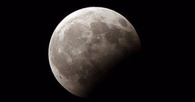 فرنسا تشهد أطول خسوف كلى للقمر فى 27 يوليو الجارى
