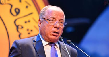 وزير الثقافة ومحافظون وفنانون يشاركون فى حفل قناة السويس الجديدة