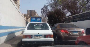 رفع 12 سيارة ودراجة بخارية مهملة فى حملات مرورية بشوارع الجيزة