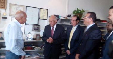 بالصور.. رئيس مجلس النواب فى مناقشة رسالة دكتوراة بجامعة المنصورة