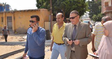 بالصور .. السكرتير المساعد للإسماعيلية يتفقد مشروع تطوير المنطقة العشوائية