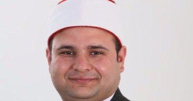 الداعية حازم جلال يتلقى دعوة للحديث عن سماحة الإسلام الوسطى فى باريس