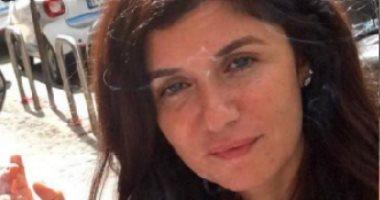 """بعد مايوه نيللى كريم.. غادة عادل بـ""""السيجارة"""" مع زوجها في ميلانو"""