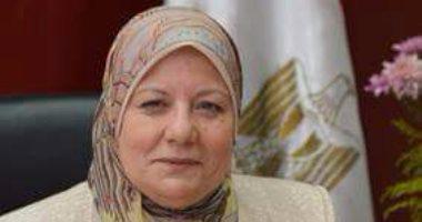 مديرة تعليم القاهرة توجه بالانتهاء من أعمال الصيانة قبل بدء الدراسة