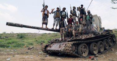 بالصور.. الجيش اليمنى يسيطر على مواقع جديدة غربي محافظة تعز