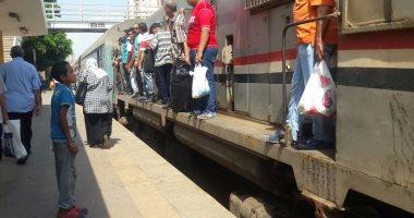 بيان لمحافظة الإسكندرية: تعطل فى فرامل قطار أبو قير واستبداله بآخر