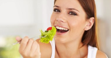 لو عامل رجيم .. إزاى تتناول طعام صحى بدون تكاليف عالية ؟
