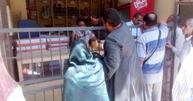 محافظ سوهاج يعلن عن توفير 500 كرتونة دجاج مجمد بسعر 40 جنيه للدجاجة لأهالى سوهاج