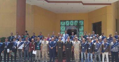 رئيس جامعة الأزهر ووفدا طلابيا يزورون قيادة الدفاع الجوى