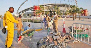 تأخر صرف رواتب العمال الأجانب فى قطر.. ومشاريع المونديال مهددة بالتوقف