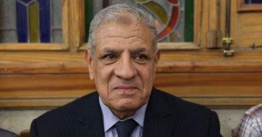 منتدى الاقتصاد العربى بلبنان يكرم إبراهيم محلب لجهوده فى التنمية