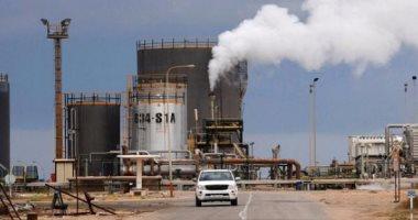 حرس المنشآت النفطية فى ليبيا يوقفون صادرات الخام