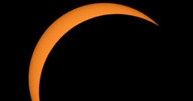 كسوف جزئى للشمس غير مشاهد بالوطن العربى اليوم يستمر 3 ساعات و 28 دقيقة