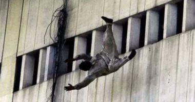 """حبس """"قهوجى"""" ألقى زوجته من الطابق الخامس بسبب خلافات زوجية بالقطامية"""