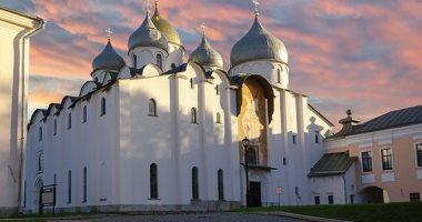 الكنيسة الروسية تقطع علاقاتها جزئيا مع بطريركية القسطنطينية