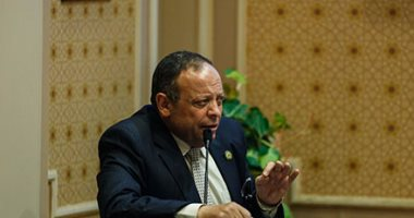 النائب عاطف عبد الجواد يطالب بضم العاملين بالصناديق الخاصة للموزانة العامة