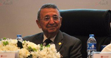 ccac1ddb3bfab مصطفى السيد  الكيماوى لا يقضى على السرطان ونانو الذهب علاج لمعظم الأمراض