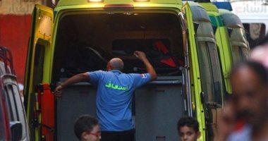 إصابة 5 أشخاص فى حادث تصادم سيارة نقل مع توك توك بأسيوط