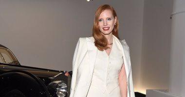 جيسيكا شاستين تحضر عرض Ralph Lauren بفعاليات أسبوع الموضة في نيويورك