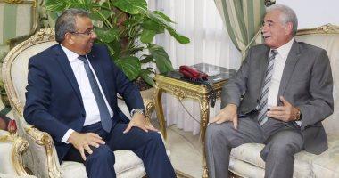 محافظ جنوب سيناء يبحث مع رئيس هيئة البريد افتتاح مشروعات وتطوير المكاتب