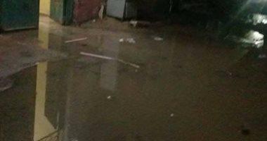 بالصور.. قارئ يشكو من انتشار مياه الصرف الصحى أمام المنازل بشوارع بشتيل