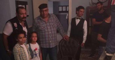 """بيومى فؤاد ومحمد ثروت يصوران """"أصاحبى"""" باستوديو نور الشريف"""