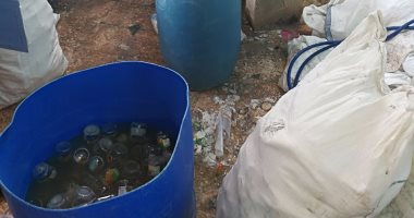 5e3d11bc4 ضبط مصنع عصير يستخدم زجاجات مجمعة من القمامة والمستشفيات بسوهاج