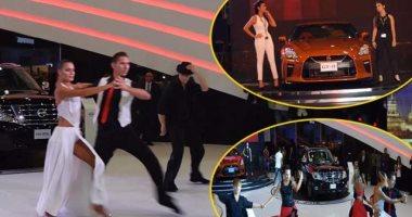 """بالفيديو.. عروض راقصة فى معرض """"أتوماك فورميلا"""" أمام أحدث سيارات """"نيسان"""""""