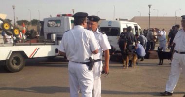 ننشر صور حادث سائق الميكروباص بمطار القاهرة