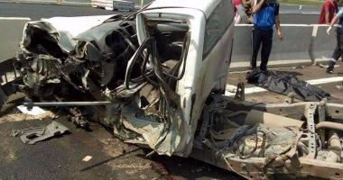 مصرع 15 شخصا وإصابة 6 آخرين فى حادث تصادم بطريق أسيوط ـ البحر الأحمر