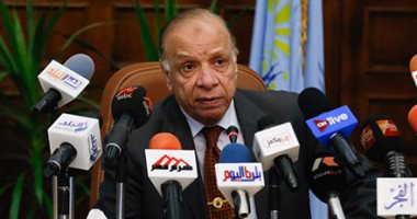 """محافظ القاهرة يصرف مكافأة 5 آلاف جنيه لمنظمى """"خليك زى ادم"""" بمصر الجديدة"""