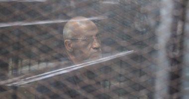 """تأجيل إعادة محاكمة محمد بديع وآخرين بـ""""أحداث العدوة"""" لجلسة 2 أبريل"""