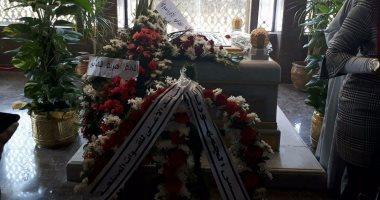 بدء توافد المواطنين على ضريح الزعيم جمال عبد الناصر لإحياء ذكرى ثورة يوليو
