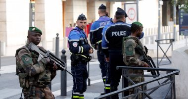 إطلاق نار على شخص هدد عناصر الشرطة الفرنسية فى باريس