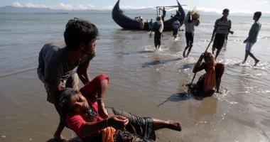 احتجاز قارب على متنه 93 شخصا من مسلمى الروهينجا فى ميانمار